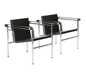 lc2 sessel le corbusier runder tulip tisch lc2. Black Bedroom Furniture Sets. Home Design Ideas