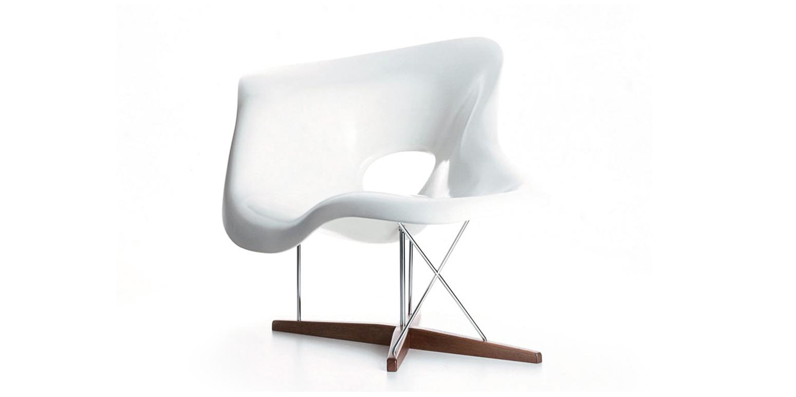 la chaise eames. Black Bedroom Furniture Sets. Home Design Ideas
