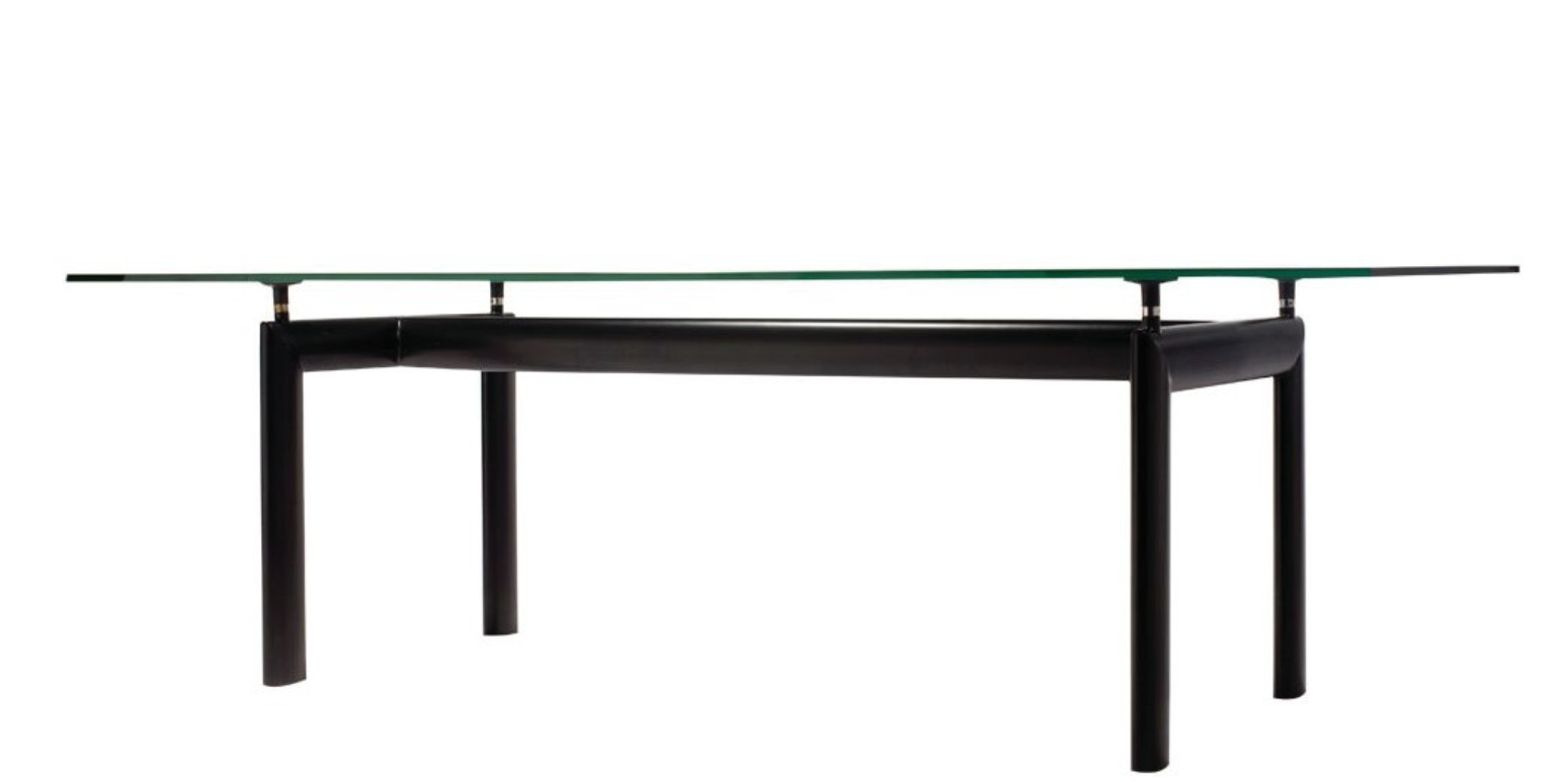 table de salle manger lc6 par le corbusier. Black Bedroom Furniture Sets. Home Design Ideas