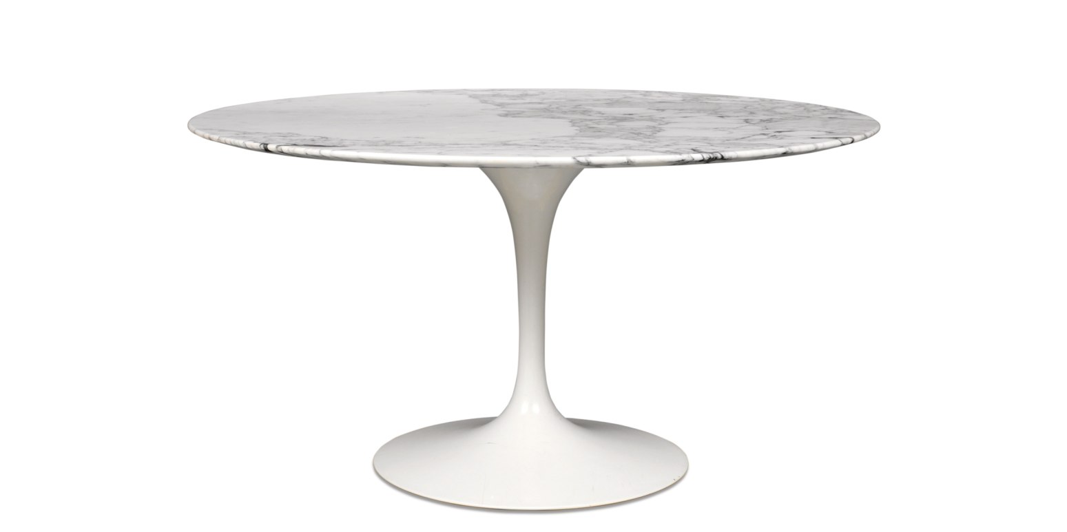 Tulip table by eero saarinen - Table ronde pied tulipe ...