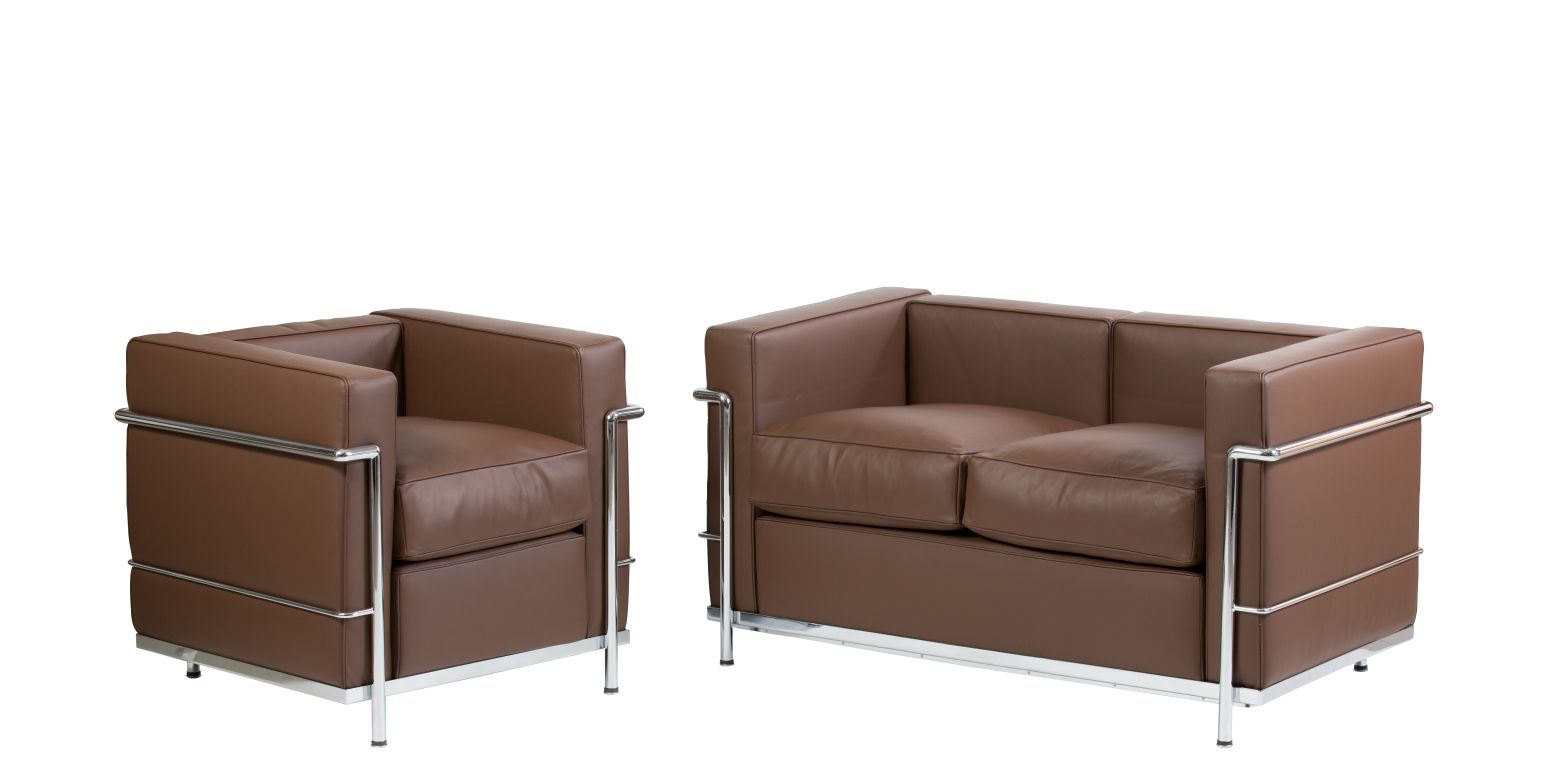 fauteuil et canap deux places lc2 marron stock. Black Bedroom Furniture Sets. Home Design Ideas